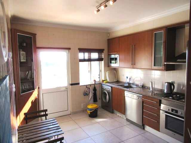 Very spacious, fully equiped kitchen